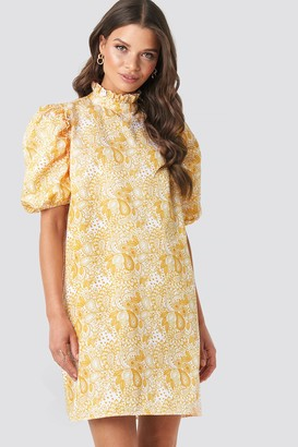 Emilie Briting X NA-KD Puff Sleeve Mini Dress