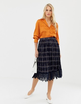 Liquorish pleated mid skirt in check print with lace trim