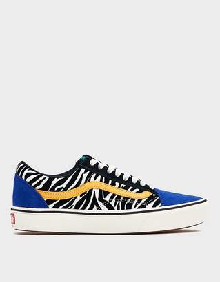 Vans ComfyCush Old Skool Sneaker in Zebra/Tidepool