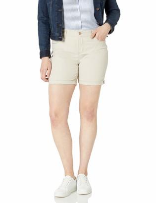 Bandolino Women's Mandie Easy to Wear Short