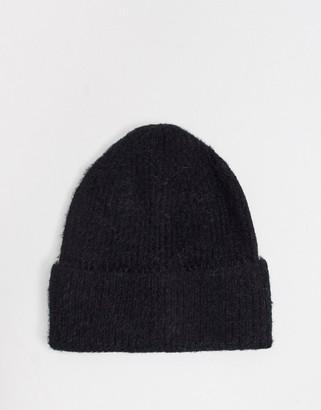 Boardmans zola sponge knit hat in black