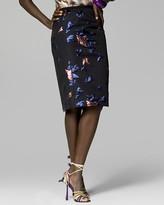 Collection Back Slit Skirt