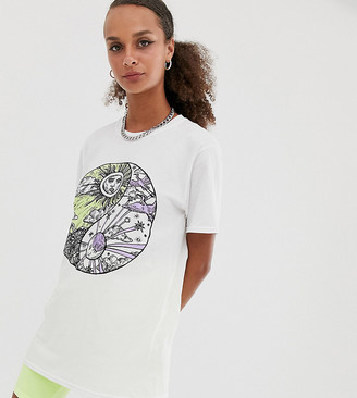 Reclaimed Vintage inspired t-shirt with ying yang sun and moon print-White