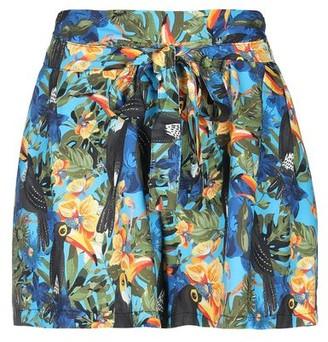 Kontatto Shorts