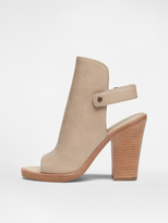 DKNY Whalen Welted Sandal