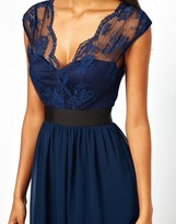 Elise Ryan Skater Dress with Scallop Lace