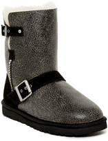 UGG Classic Short Dylyn Genuine Sheepskin Boot