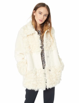 Kensie Women's Short Fuax Fur Coat with Large Notch Collar and Lapel