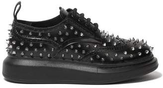 Alexander McQueen Studded Flatform Leather Brogues - Womens - Black Silver