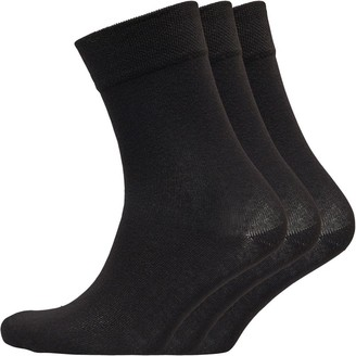 Skechers Womens Three Pack Basic Crew Socks Black