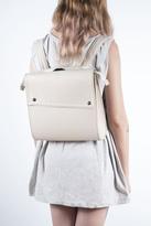 Disenia White Backpack