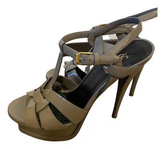 Saint Laurent Tribute Grey Patent leather Sandals