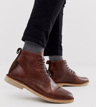 ASOS DESIGN Wide Fit desert chukka boots in tan leather with suede detail