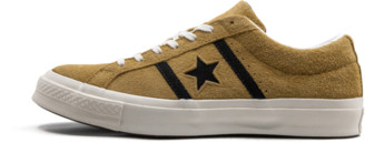 Converse Academy Low Shoes - Size 4
