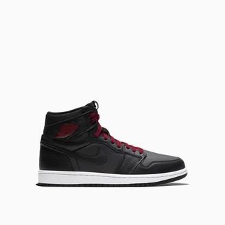 Nike Jordan 1 Retro High Og Sneakers 555088-060