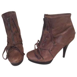 GUESS Brown Leather Ankle boots