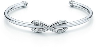 Tiffany & Co. Infinity cuff in 18k white gold with diamonds, small