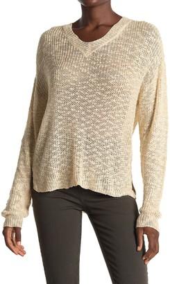ALL IN FAVOR V-Neck Slub High/Low Sweater