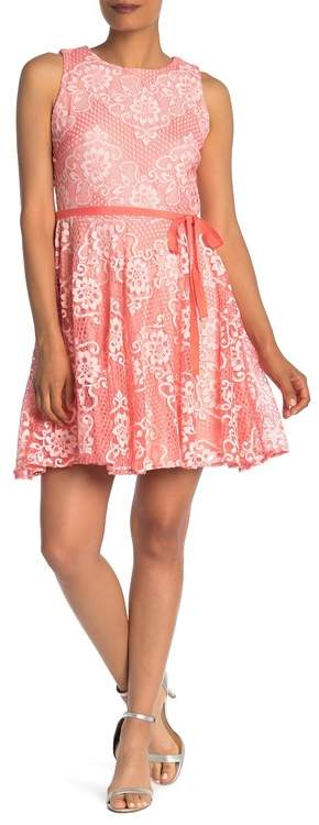 Gabby Skye Sleeveless Floral Lace Two-Tone Dress