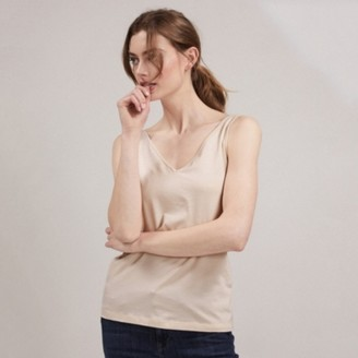 The White Company Essential Reversible Vest, Nude, 8