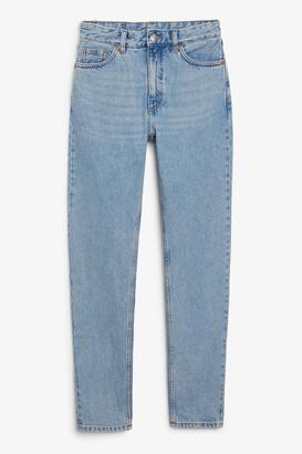 Monki Kimomo mid blue x-long jeans