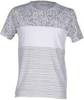 Kaos T-shirts