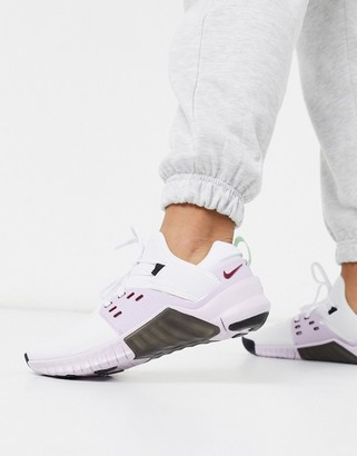 Nike Training Metcon 2 sneakers in white and lilac