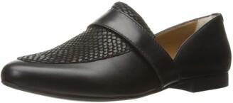 G.H. Bass & Co. Women's Hilary Pointed Toe Flat