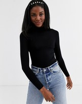 New Look victoria frill neck long sleeve body in black