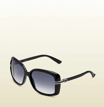 Gucci medium rectangle frame sunglasses with GG detail and web plaque on temple.