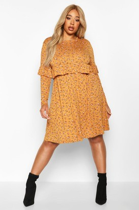boohoo Plus Ditsy Floral Ruffle Smock Dress