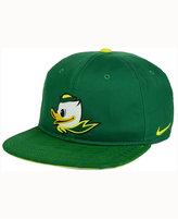 Nike Oregon Ducks Hook Snapback Cap