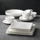 Crate & Barrel Bennett Square 20-Piece Dinnerware Set