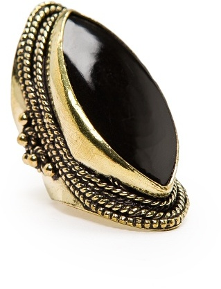 MANGO TOUCH - Oval shaped ethnic ring