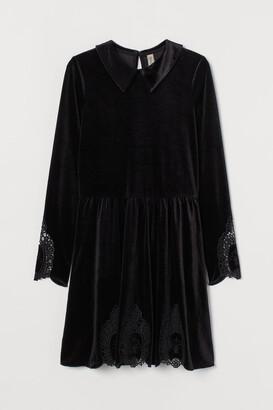 H&M Lace-detail velour dress - Black