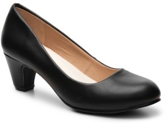 Journee Collection Luu Pump