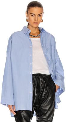 R 13 Oversized Button Up Shirt in Light Blue   FWRD