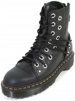 Dr. Martens boots Daria Stone style