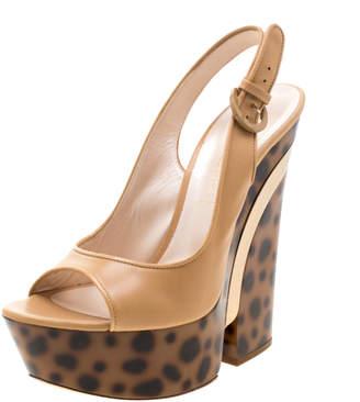 Casadei Beige Leather Tortoise Wedge Heel Slingback Sandals Size 39