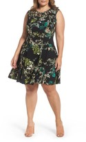 Gabby Skye Plus Size Women's Keyhole Detail Floral Fit & Flare Dress