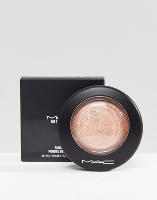 M·A·C MAC Mineralize Skinfinish - Soft And Gentle