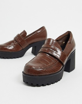 Monki Devon faux leather heeled chunky loafer in brown croc