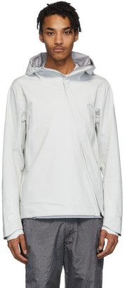 Descente Allterrain Off-White Sun Shield Hardshell Jacket