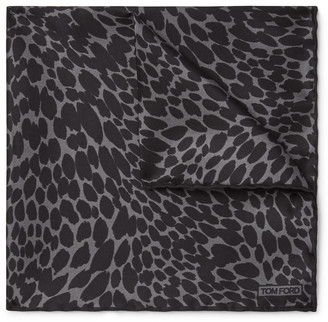 Tom Ford Leopard-Print Silk-Twill Pocket Square - Men - Gray
