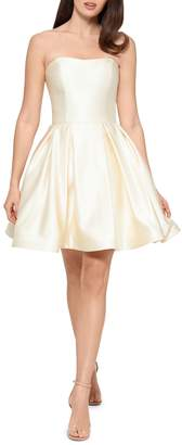 Betsy & Adam Short Sweetheart Strapless Dress