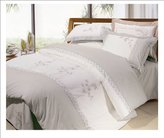Natural Comfort Breath of Spring Embroidered Duvet Cover and Pillow Sham Set, Twin