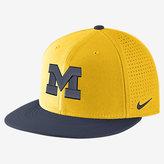 Nike College AeroBill True (Michigan) Adjustable Hat