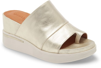 Gentle Souls by Kenneth Cole Gisele Platform Wedge Slide Sandal