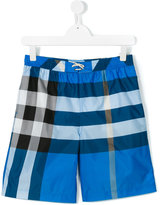 Burberry teen Nova Check swim shorts - kids - Polyester - 14 yrs
