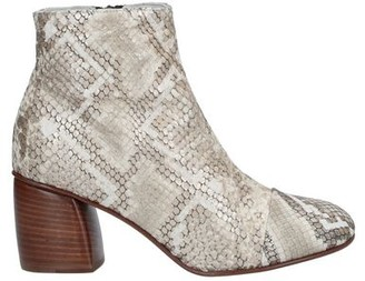 ISABELLA C Ankle boots